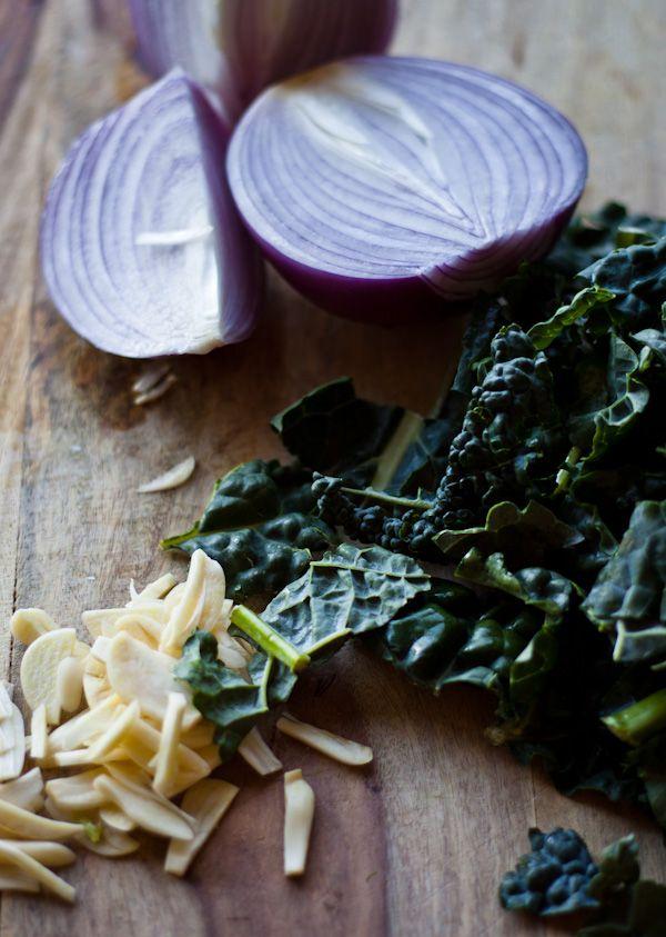 Pasta with Fennel, Kale & Lemon | bloggingoverthyme.com