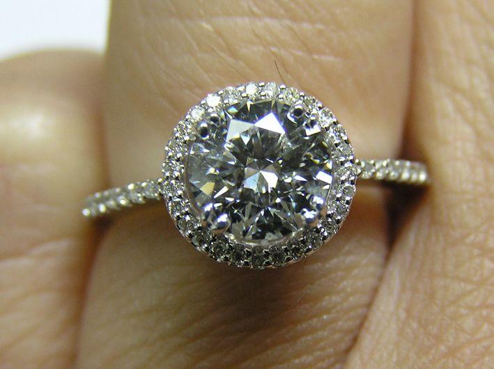 Halo $1 059 Love the look of this ring Big main diamond small band perfe