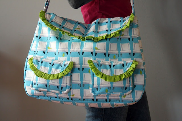 The frou frou bag sewing tutorial from sew sweetness