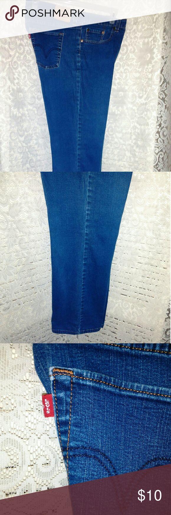LEVI'S  JEANS LEVI JEANS , plain pockets , size  20, S Levi's Jeans Boot Cut