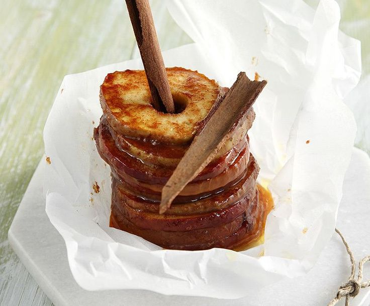 Sweet Baked Apples. Peel the apples and remove seeds. Cut in to 0.5 cm slices. Dip each slice into the sugar. Place 3 slices onto a sheet of aluminum foil. Add 1-2 small cubes of butter in bet...