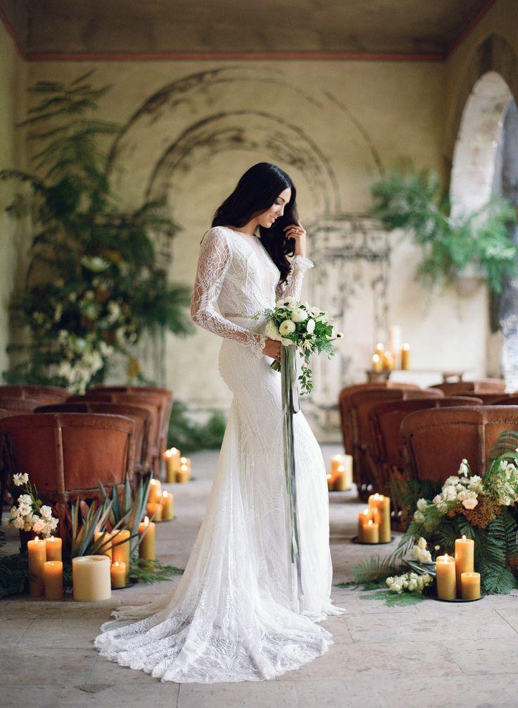 Sara Donaldson Photographs | Fine Art Wedding Photography | Wedding Sparrow