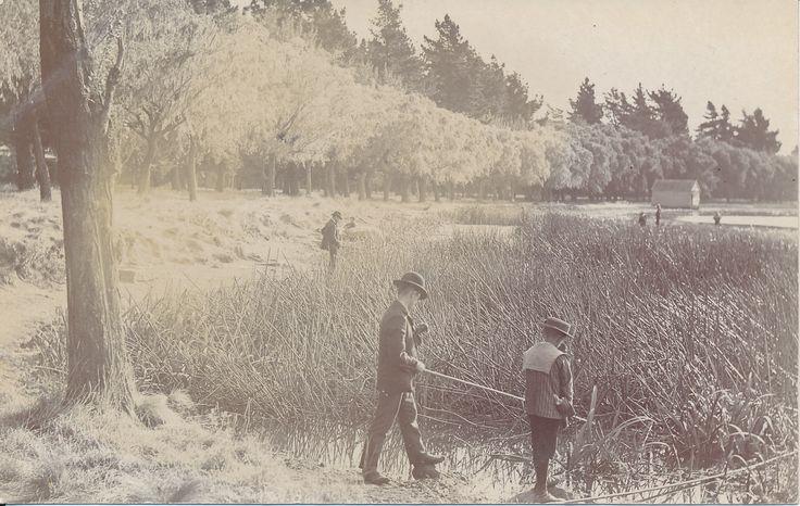 A glimpse in to the past - on the shore of Ballarat's beautiful Lake Wendouree in 1908. #PostcardThursdays #Ballarat #History #1908 #GoldMuseum #Postcard