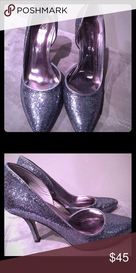 Anne Klein silver dress shoes So sparkly and glamorous! Size 6m great condition! Anne Klein Shoes