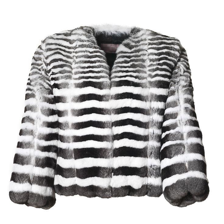 We are happy to present you this Chinchilla fur jacket designed by Kopenhagen Fur's own furriers. Check out Kopenhagen Fur's entire showroom here: furfab.kopenhagenfur.com/