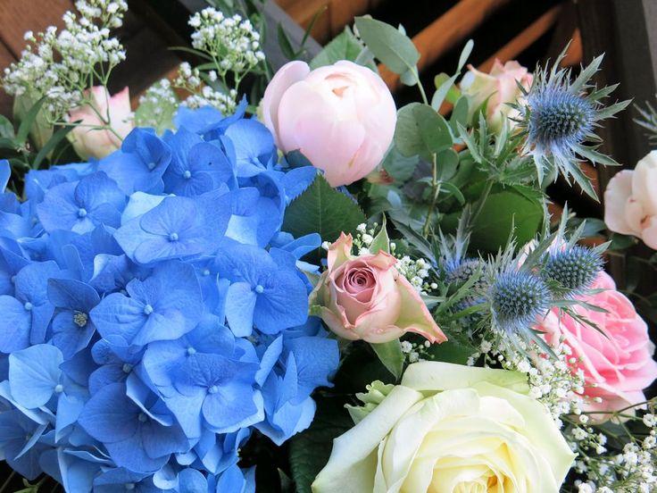 Blue Hydrangea, roses, peonies, gyp and eryingium
