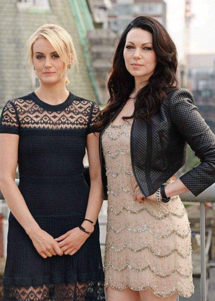 Laura Prepon and Taylor Schilling - beautiful ladies!