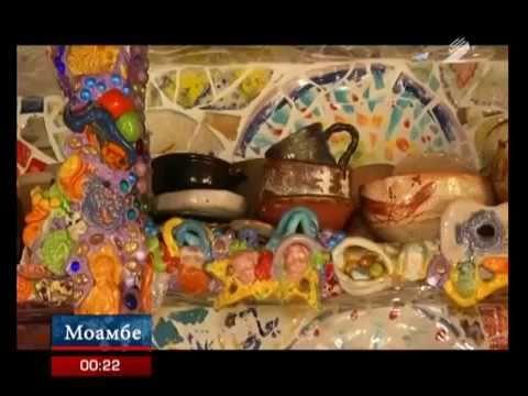 Семья художников превратила свой особняк в мозаичный дом-музей - YouTube