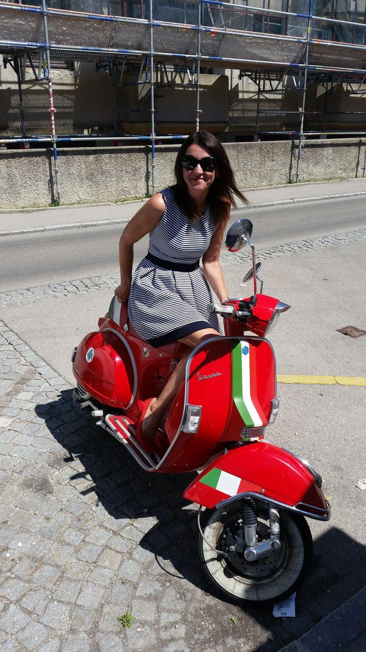 Vespa PX 200 | Motorcycle Mix | Vespa scooters, Vespa und ...