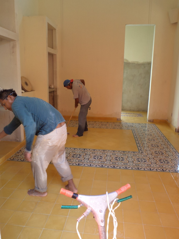 Pasta Tile Installation - Colonial homes Merida Yucatan   Casa ...