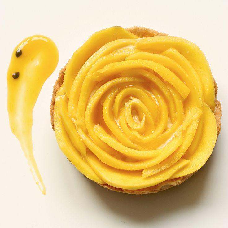 Mango Tarta de Fruta de la Pasión yogur Mousse - gluten receta saludable libre por thepetitecook.com