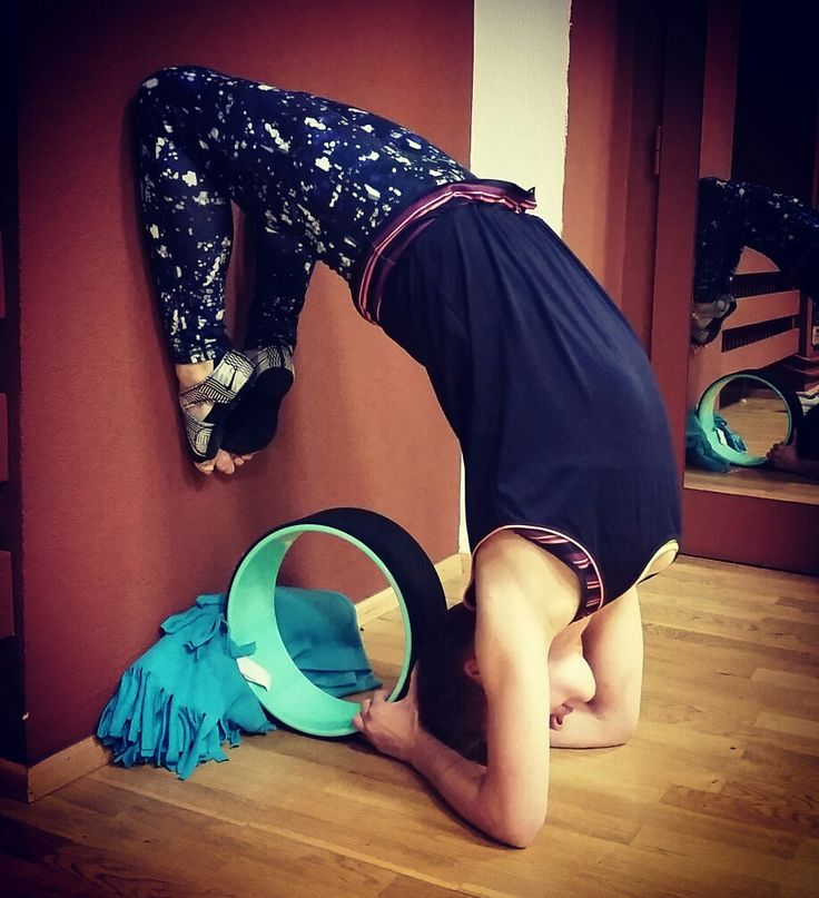 Posouvám své hranice pomaličku dál a dál a to mě na tom baví. #relaxteplice #yogawheel #wheelyoga #yogacz #yoga #myyogalife #mylife #yogagirl #yogaczech #yogatime #joga #mylife #myloveyoga #myyogalife #czechgirl #czechyogagirl #yogacz #mylove #yogadaily #yogapractice #wheel #yogafit #yogafitness #yogini #nikestudiowraps #dharmayogawheel #yogainspiration #yogini #yogacz #yogafitness #loveyoga #flexibility #ciljenadosah #cíljenadosahruky