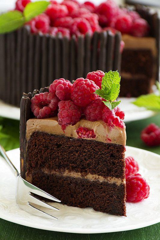 Chocolate cake with raspberries.