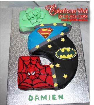 Gâteau hulk, superman, batman, spiderman en forme de 3 ans