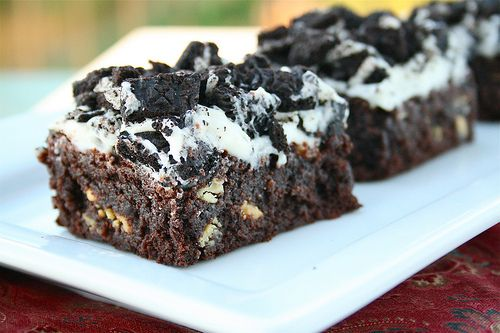 Cookies n' Cream Brownie Bars - Modified with 1/4 cup of water!Cookies, Cream Bar, Oreo Brownies, S'Mores Bar, Cream Brownies, Bar Recipe, Brownies Bar, Smores Brownies, Creme Brownies