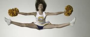 Ways to Train for Higher Cheerleading Jumps | LIVESTRONG.COM
