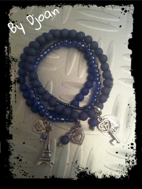 Armbandjes blue