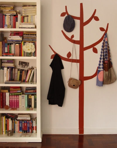 this is adorable!: Wall Hooks, Coats Racks, Paintings Trees, Coats Trees, Cute Ideas, Wall Stickers, Small Spaces, Dreams Home Decor, Kids Rooms