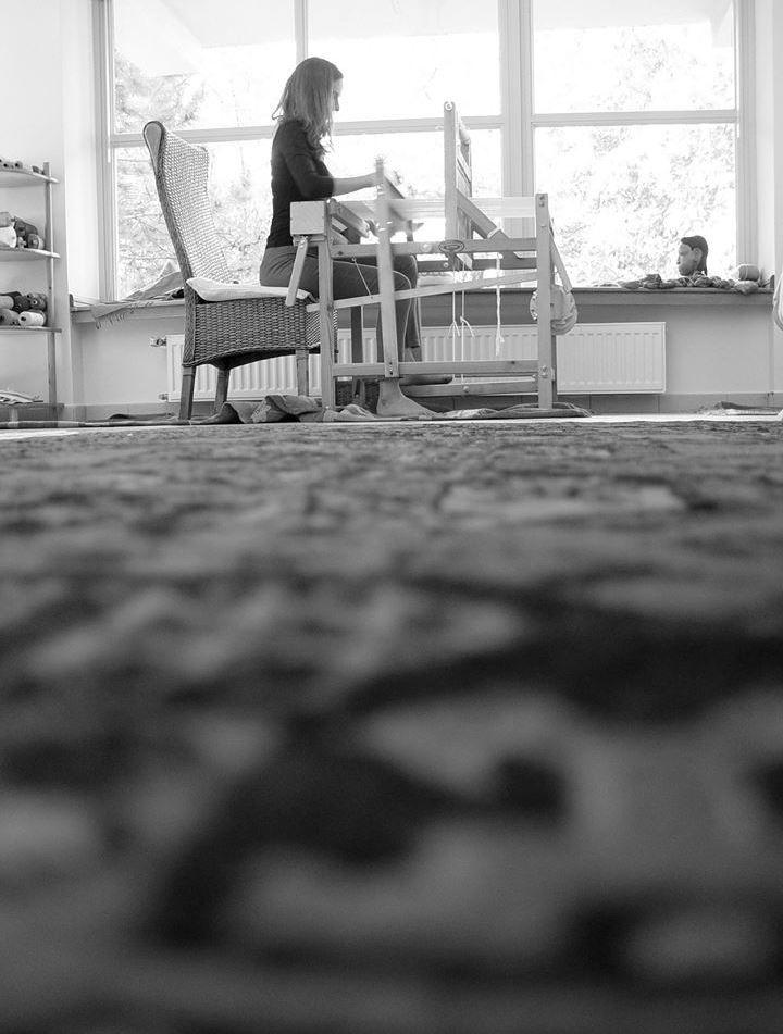Meditative weaving #ILLANGO #weavingmarathon #handwoven #scarf