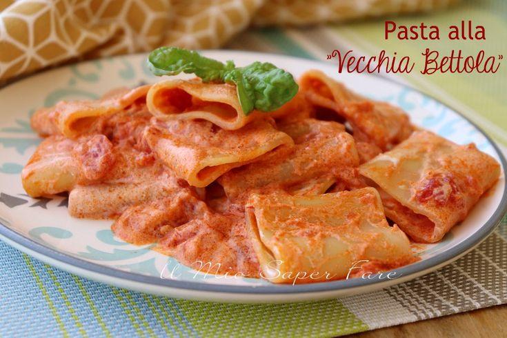 #Pasta alla vecchia bettola: un sughetto di pomodorini freschi, reso ancor più cremoso dalla panna da cucina, e con vodka e peperoncino per renderlo unico!