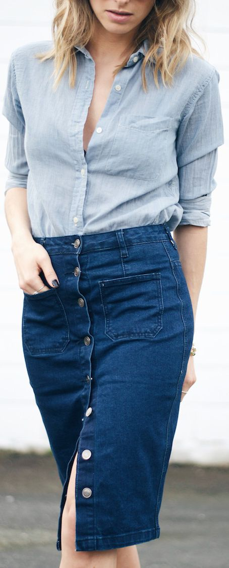 Denim Button Front Skirts: Jill Lansky is wearing a dark denim Forever 21 knee length skirt