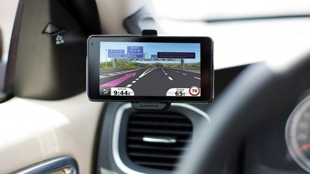 Top 10 Best GPS Tracking Devices For Cars