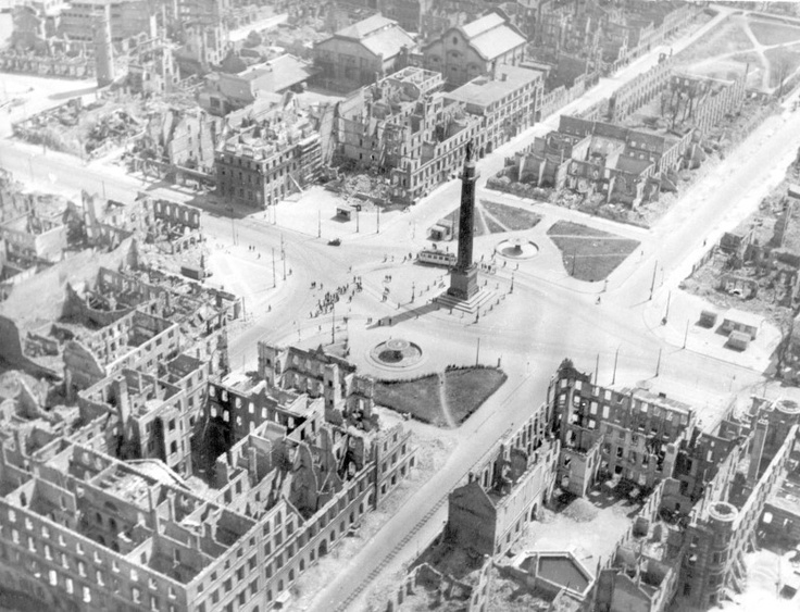 Zum 68. Jahrestag der Darmstädter Brandnacht vom 11. September 1944 gedenkt die Wissenschaftsstadt Darmstadt der Opfer in mehreren Veranstaltungen