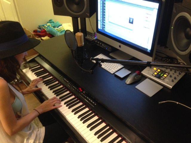 Best Keyboard Workstation For Music Production : 14 best recording studio workstations images on pinterest music studios recording studio and ~ Hamham.info Haus und Dekorationen