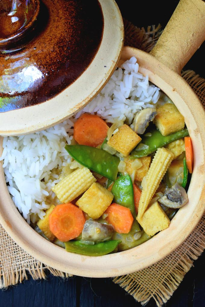 Vegetable green curry is an easy and tasty 30-minute meal. Use your favorite mix of vegetables, green curry paste and coconut milk for a rich, sweet and spicy vegetarian or vegan meal.