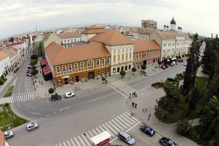 Fotografie aeriană, realizată în Sfântu Gheorghe, vineri, 5 septembrie 2014. (  Cătălin Cădan / Mediafax Foto  ) - See more at: http://zoom.mediafax.ro/travel/vederi-aeriene-din-romania-13244731#sthash.dKOeESwd.dpuf