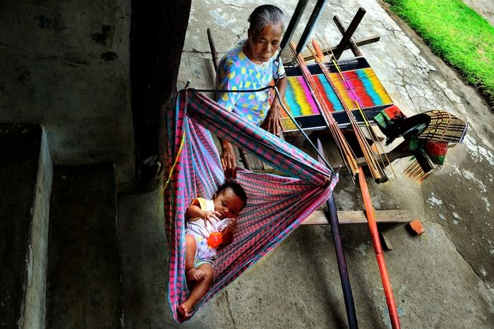Best Overall category -  A hint of Bataknese daily life from ulos making. (photo by Than Tun Oo)