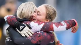 Team Canada's bobsleigh and skeleton athletes begin the Olympic season with a bang. Kaillie Humphries and Melissa Lotholz race to...