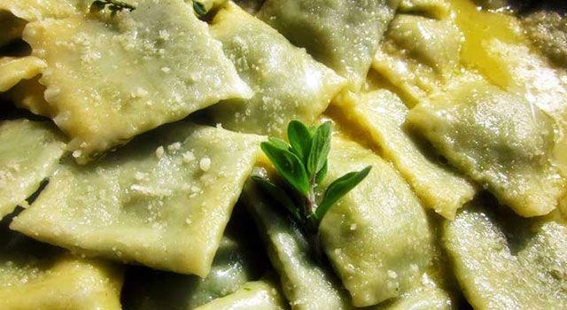Ricette Liguri: Ravioli di Borragine alla Genovese