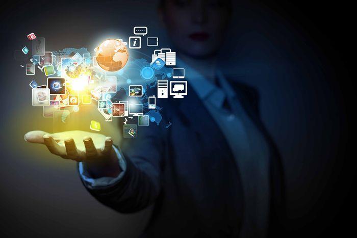 No automatices tus redes sociales  Al automatizar las publicaciones en redes sociales se corren grandes riesgos. Más vale invertir algo de tiempo y mejor programar las publicaciones.