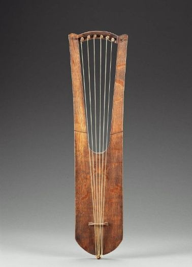 Lyre (rotte, based on 5th to 7th century German model)