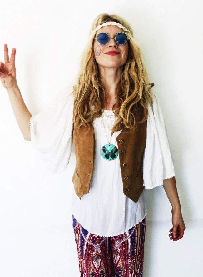 Hippie Hairstyles With Headbands In 2020 Hippie Costume Halloween Hippie Halloween Hippie Costume Diy