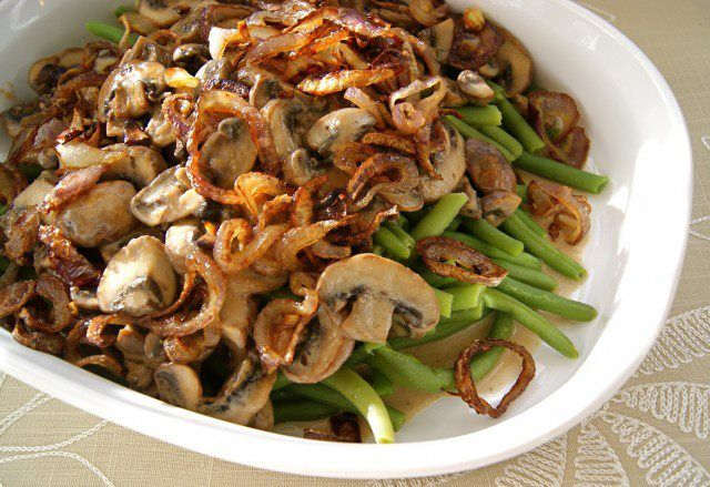 Green Beans with Sherried Mushrooms and Fried Shallots #SeasonalandSavory