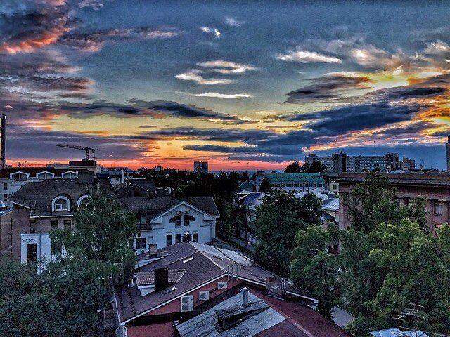 683 отметок «Нравится», 1 комментариев — Нижний Новгород (@novgorodgram) в Instagram: «Будто нарисованный🌇🎨 Фото:@lenavorontsova_52 Отмечайте свои фото хэштегом #novgorodgram, и лучшие…»