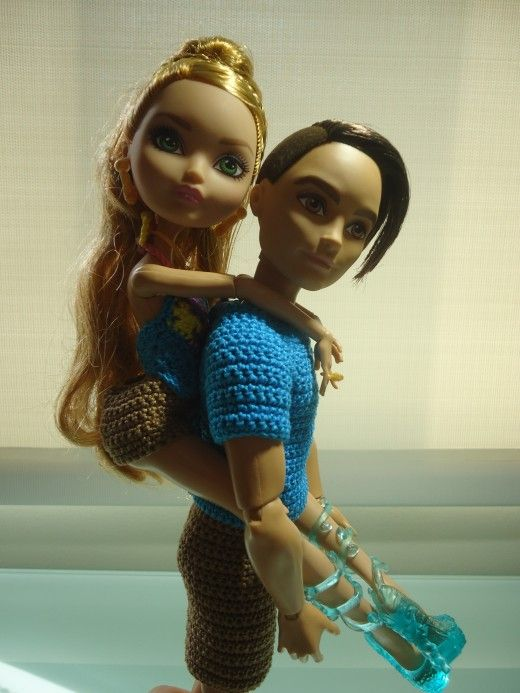 Knitting Patterns For Bratz Doll Clothes : Ever After High Dolls Going On a Picnic (Free Crochet ...