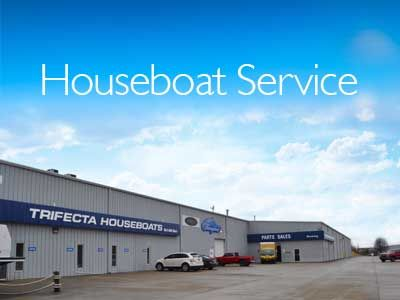 Kentucky's Best Custom Built Houseboat Manufacturer   Unbridled Houseboat Design & Innovation.Founded in 1996, Thoroughbred Houseboats quickly gained favor in the rapidly expanding houseboat market. Unbridled by legacy investment or traditional houseboat design ideas, Thoroughbred created a new vision forthe houseboat
