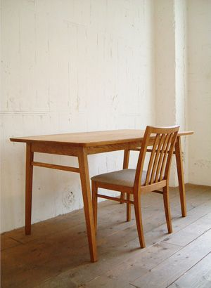 TRUCK|121. QUATTRO DINING TABLE