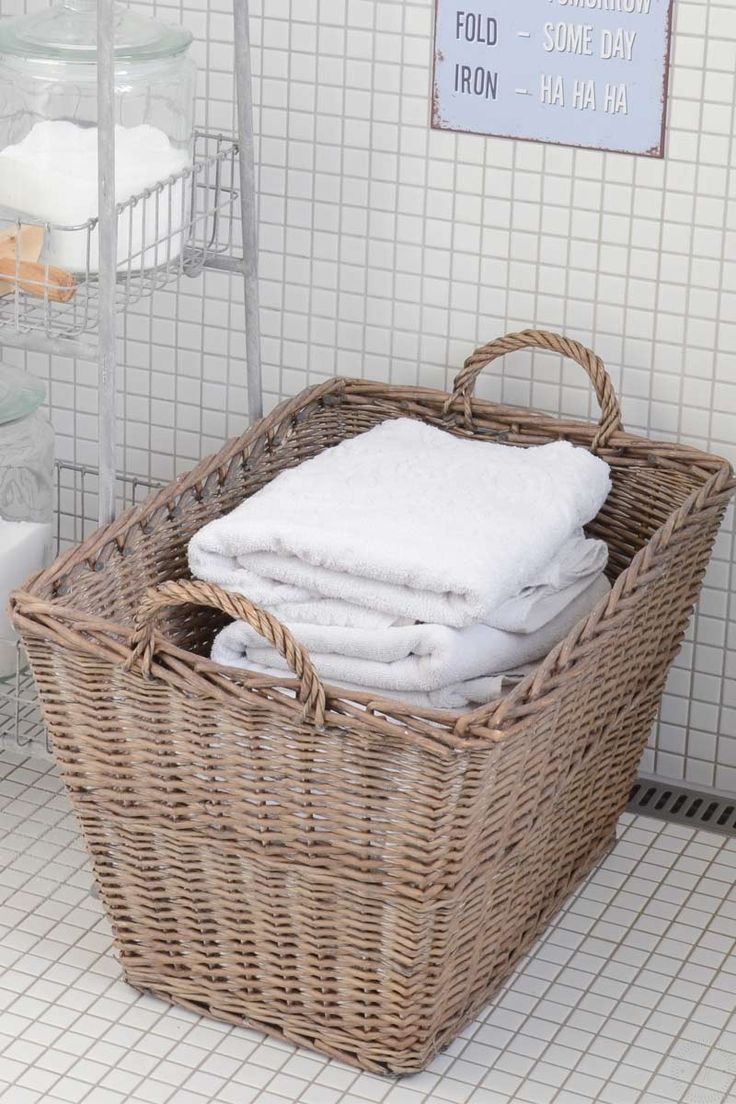 Fransk tvättkorg med handtag