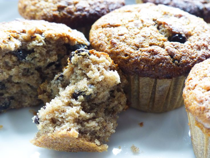 Vegan Banana & Chocolate Cupcakes (wheat-free & delicious)