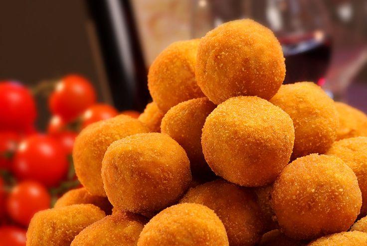 Pepite allo Zafferano, dei finger food semplici e gustosi #CrocchetteDiRiso, #Cucinare, #FingerFood, #Ricetta, #Ricette, #Riso, #Zafferano http://eat.cudriec.com/?p=5674