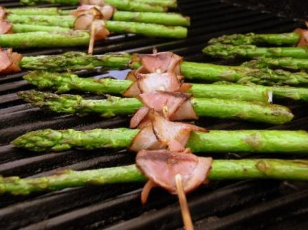 If you're planning to host a barbecue, here are some recipes to prepare for family and guests.: Life, Summer Vegetables, Food, Recipes, Burgers Sizzl, Families