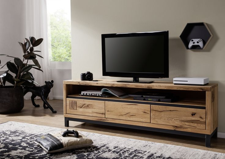 die besten 25 tv lowboard holz ideen auf pinterest tv wand lowboard tv wand do it yourself. Black Bedroom Furniture Sets. Home Design Ideas
