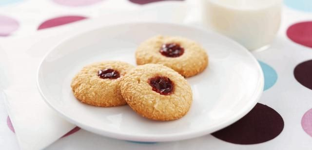 These biscuits are a delicious afternoon treat for both parents and kids alike.