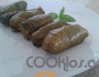 Ντολμαδάκια παραδοσιακά at cooklos.gr