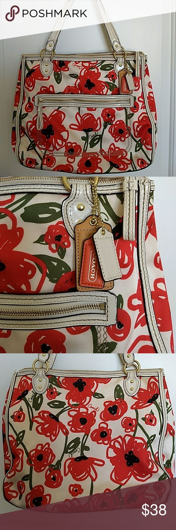 Coach Poppy Purse Large Coach poppy purse...the handles at the top are cracked and can be replaced the inside on the top is stained but not really noticeable..it's a good bag but needs some love.. Bags Totes
