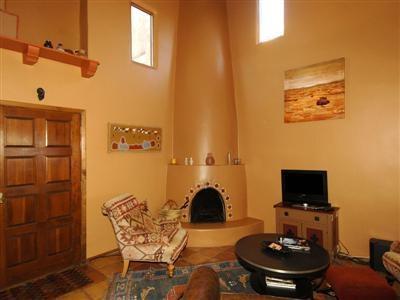 17 best images about hp 1 kiva on pinterest santa fe nm for Kiva style fireplace